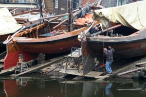 boat builders business