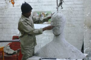 Professional sculptors shape profits with Wise Business Plans